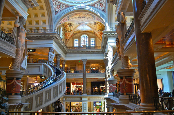 Caesars Forum Shops