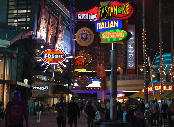 Retail, dining and entertainment at CityWalk
