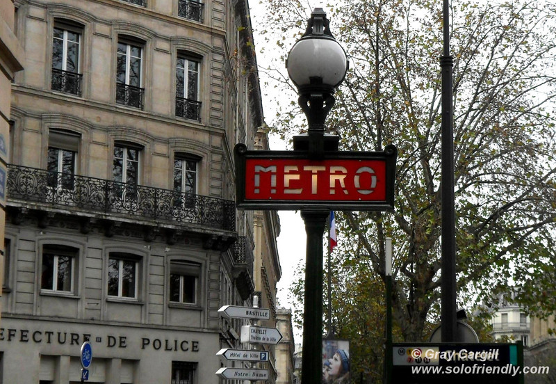Paris Metro entrance