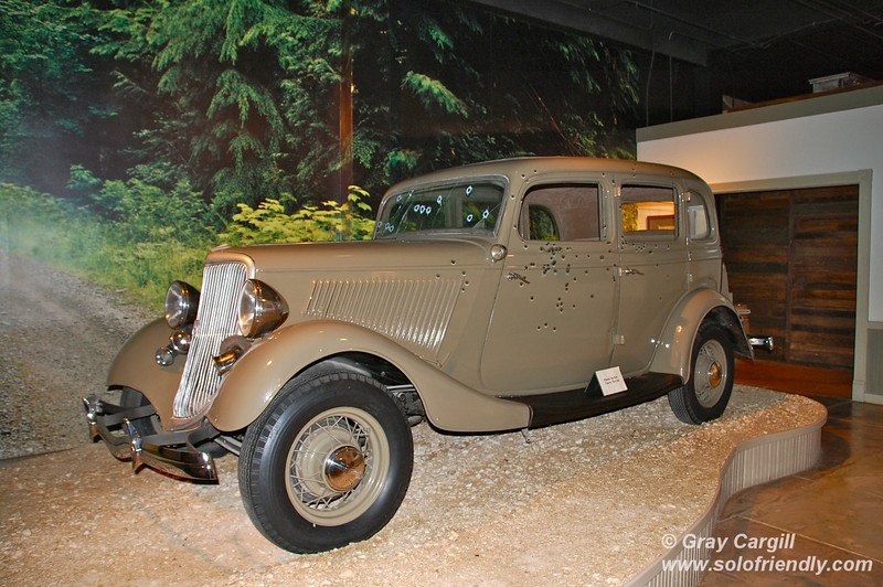 Replica of Bonnie and Clyde's last car